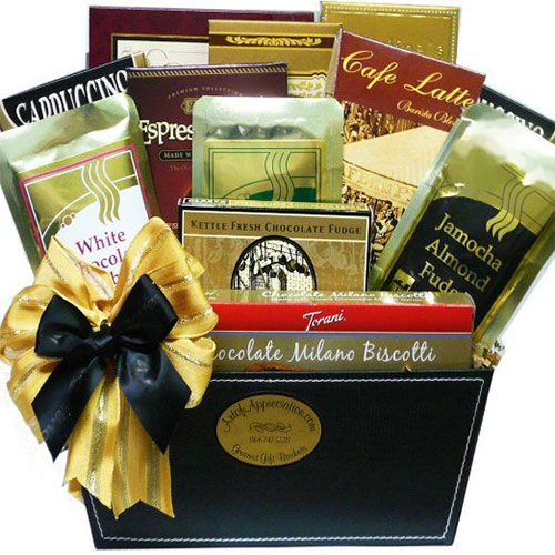 15-Best-Christmas-Gift-Basket-Ideas-For-Kids-Girls-2015-3