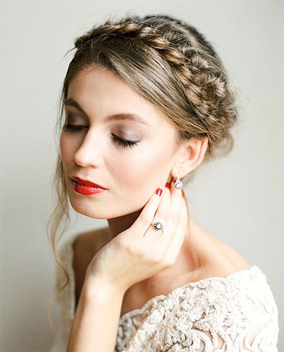 15-Inspiring-Winter-Wedding-Makeup-Looks-Ideas-2016-15