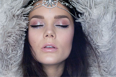 15-Latest-Winter-Themed-Wonderland-Makeup-Ideas-Trends-2016-5