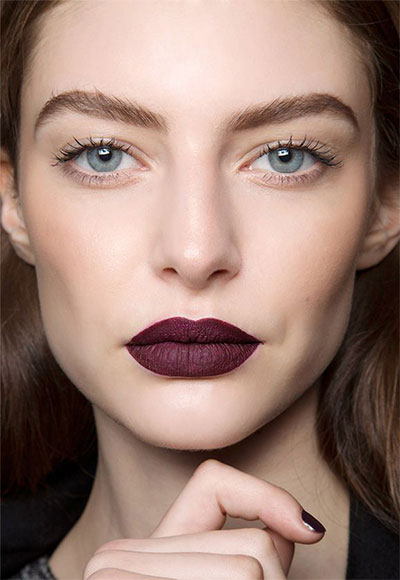 15-Winter-Themed-Dark-Lips-Makeup-Ideas-Styles-Looks-2016-7