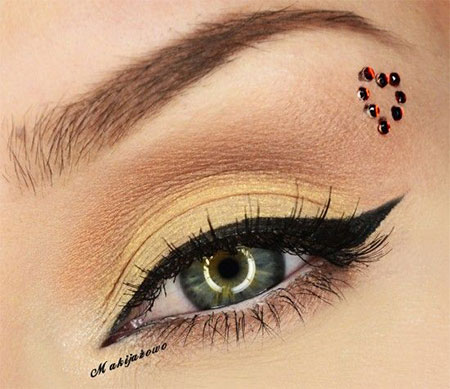 12-Valentines-Day-Heart-Eye-Makeup-Looks-Ideas-For-Girls-Women-2016-11