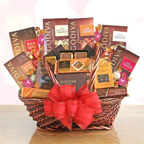 15-Valentines-Day-Gift-Basket-Ideas-For-Husbands-Or-Wife-2016-14