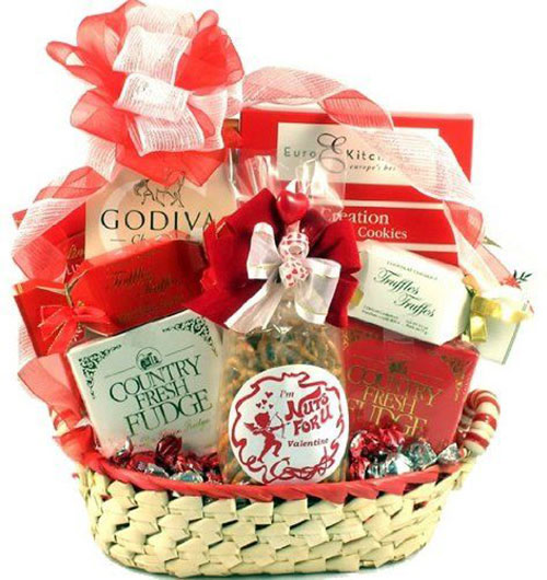 15-Valentines-Day-Gift-Basket-Ideas-For-Husbands-Or-Wife-2016-3