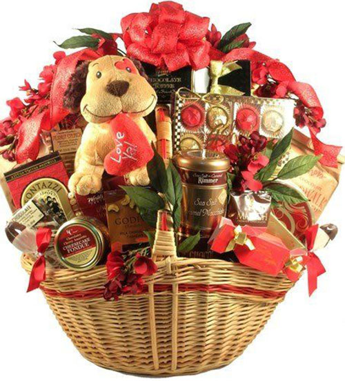 15-Valentines-Day-Gift-Basket-Ideas-For-Husbands-Or-Wife-2016-9