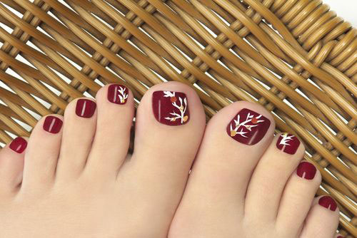 Easy-Cute-Winter-Toe-Nail-Art-Designs-Ideas-2016-1