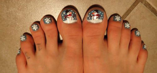 Easy-Cute-Winter-Toe-Nail-Art-Designs-Ideas-2016-6