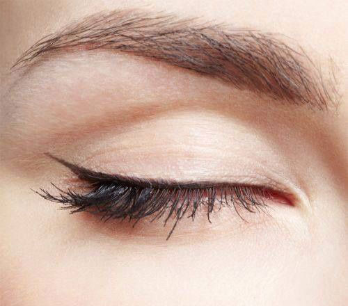 12-Easy-Simple-Eyeliner-Looks-Styles-2016-1