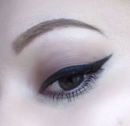 12-Easy-Simple-Eyeliner-Looks-Styles-2016-10