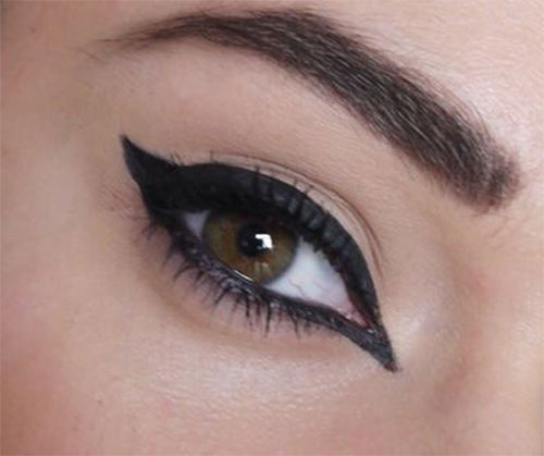 12-Easy-Simple-Eyeliner-Looks-Styles-2016-4