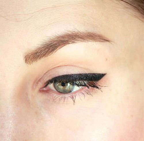 12-Easy-Simple-Eyeliner-Looks-Styles-2016-9