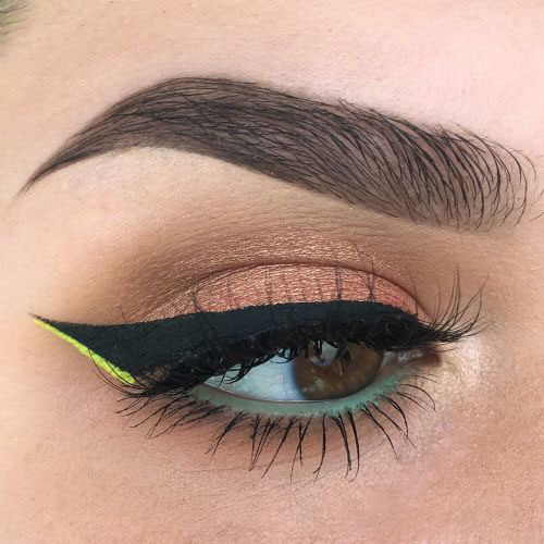 15-Easy-Winged-Eyeliner-Styles-Looks-Ideas-2016-2