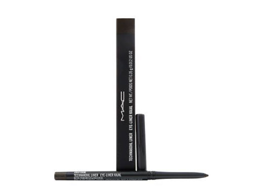 10-Best-Eyeliner-Pencils-Pens-For-Girls-2016-4