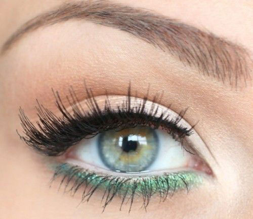 10-Green-Eyeliner-Looks-Ideas-2016-Eye-Liner-For-Green-Eyes-3