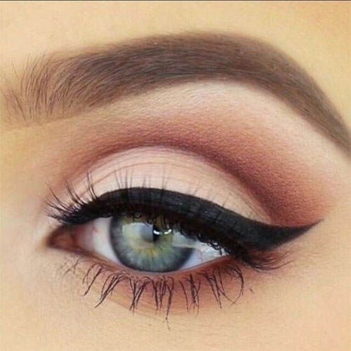 10-Green-Eyeliner-Looks-Ideas-2016-Eye-Liner-For-Green-Eyes-6