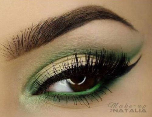 10-Green-Eyeliner-Looks-Ideas-2016-Eye-Liner-For-Green-Eyes-7