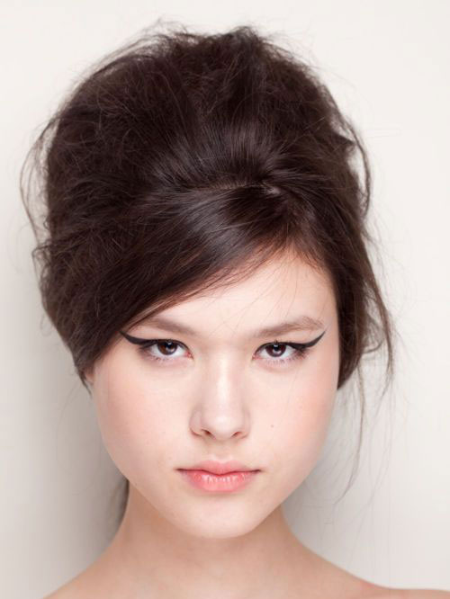15-Amazing-Cat-Eyeliner-Styles-Looks-2016-14