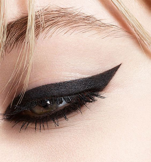 15-Amazing-Cat-Eyeliner-Styles-Looks-2016-5