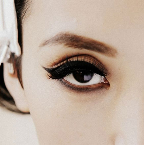 15-Amazing-Cat-Eyeliner-Styles-Looks-2016-8