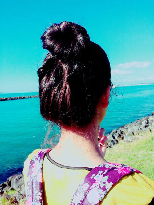 15-Easy-Summer-Hairstyle-Bun-2016-9