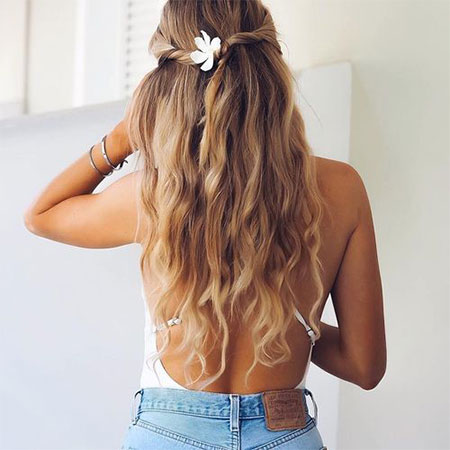 Beach Hairstyles go to hairstyles for the beach that will never go out of style 15 Latest Summer Beach Hairstyles Ideas For Girls