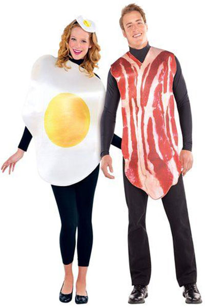 12-Best-Halloween-Costumes-For-Couples-2016-1