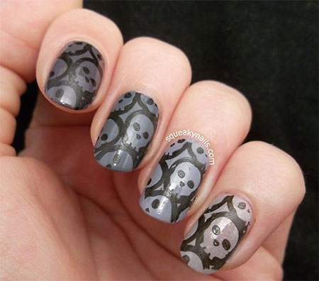 50-Halloween-Nail-Art-Designs-2016-42