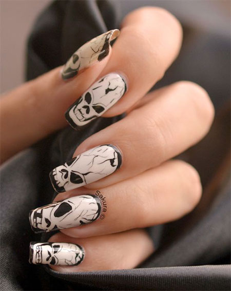 50-Halloween-Nail-Art-Designs-2016-46