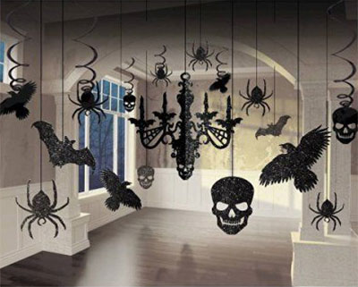 12-scary-halloween-indoor-decoration-prop-ideas-2016-4