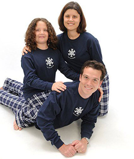 12-family-christmas-outfits-2016-12