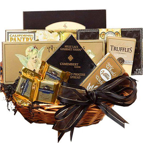 18-awesome-christmas-gift-baskets-2016-xmas-gifts-17