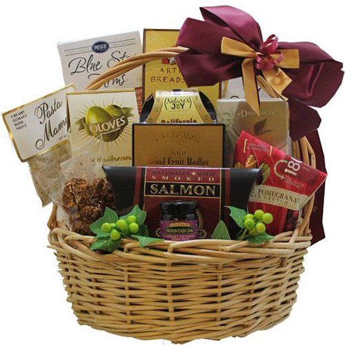 18-awesome-christmas-gift-baskets-2016-xmas-gifts-4