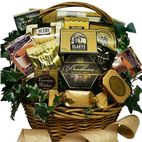 18-awesome-christmas-gift-baskets-2016-xmas-gifts-5
