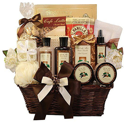 18-awesome-christmas-gift-baskets-2016-xmas-gifts-7