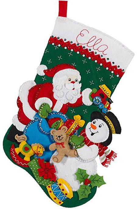 18-unique-christmas-knitted-embroidered-velvet-stockings-2016-17