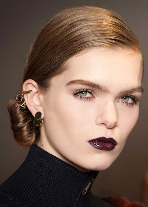 15-Winter-Themed-Face-Makeup-Looks-Ideas-2017-14
