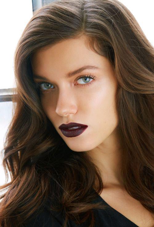 15-Winter-Themed-Face-Makeup-Looks-Ideas-2017-9