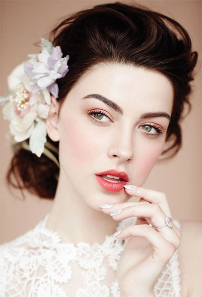 20-Best-Valentines-Day-Face-Eye-Makeup-Ideas-Looks-2017-4