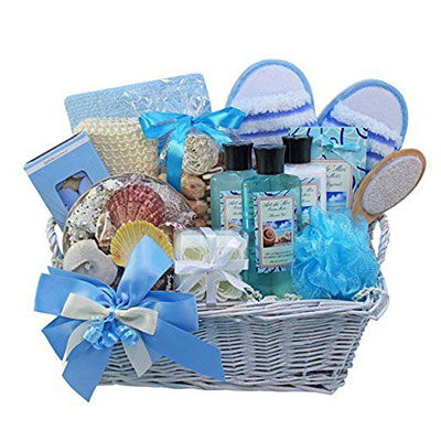 15-Mothers-Day-Gift-Baskets-Hampers-2017-16