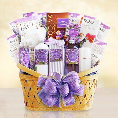 15-Mothers-Day-Gift-Baskets-Hampers-2017-3