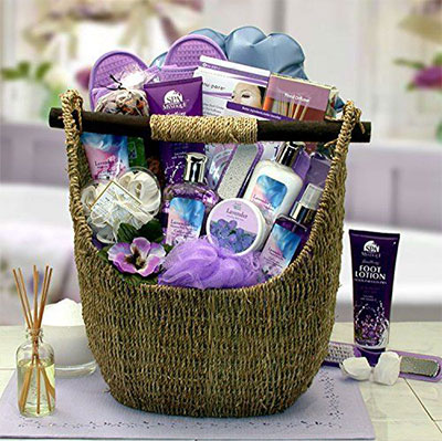 15-Mothers-Day-Gift-Baskets-Hampers-2017-5