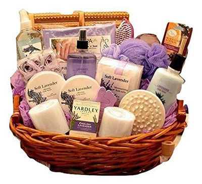 15-Mothers-Day-Gift-Baskets-Hampers-2017-7
