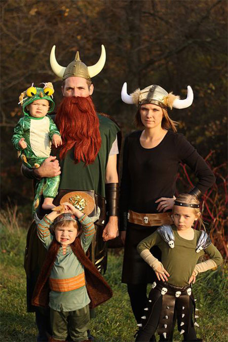 15+ Unique Family Halloween Costume Ideas 2017