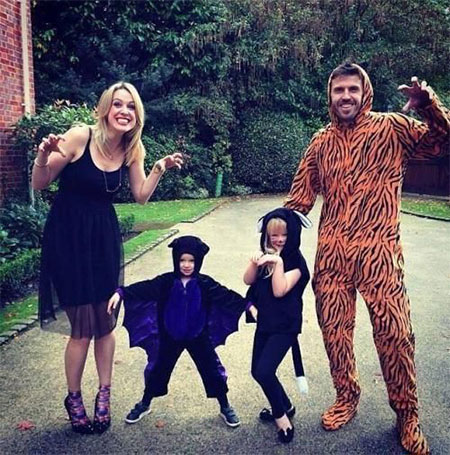 15-Unique-Family-Halloween-Costume-Ideas-2017-2