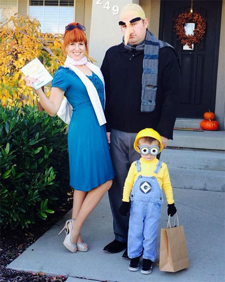 15-Unique-Family-Halloween-Costume-Ideas-2017-6