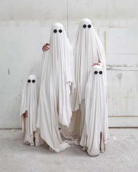 15-Unique-Family-Halloween-Costume-Ideas-2017-8