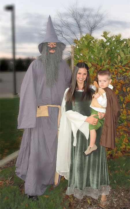 15-Unique-Family-Halloween-Costume-Ideas-2017-9