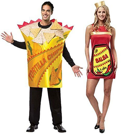 20-Halloween-Costumes-For-Couples-2017-6