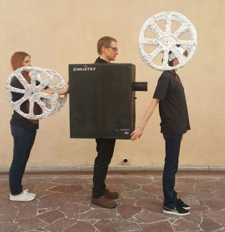 15-Creative-Group-Halloween-Costume-Ideas-For-Kids-Girls-2017-15