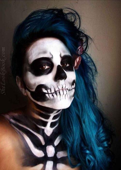 15-Creepy-Halloween-Skull-Make-Up-Looks-For-Girls-Women-2017-15