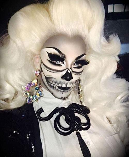 15-Creepy-Halloween-Skull-Make-Up-Looks-For-Girls-Women-2017-9